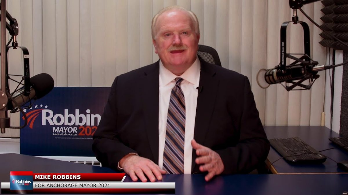 Early Polling Favors Robbins for Mayor